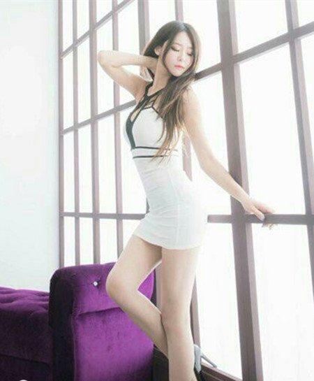 beautyleg winnie小雪福利图片   她的身材是真的很性感