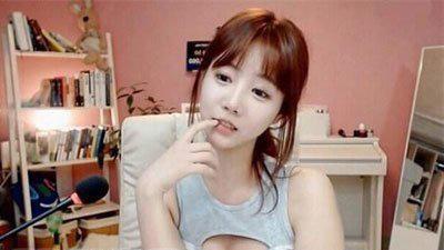 韩国朴妮唛干什么去了及个人资料类型  朴妮唛真实身份