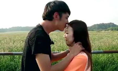 沫然喜欢李艾璐是真的吗  一场表白让我们看到了彼此的心意