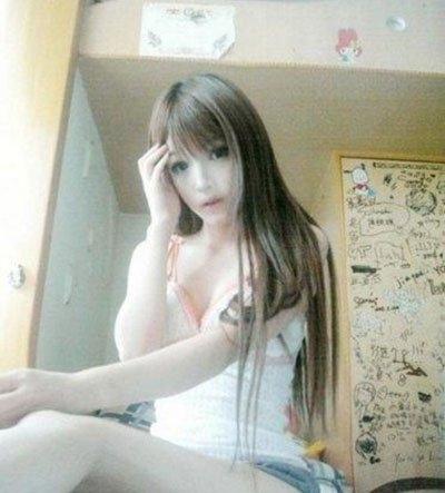 充气妹王嘉韵充气娃娃般的脸孔照片是真是假 过于精致了