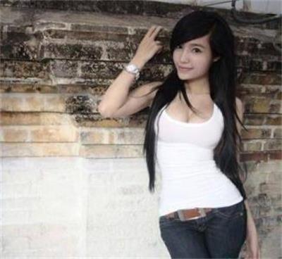 越南乳神瑶瑶大尺度艳照    越南乳神瑶瑶的身材超级吸引人