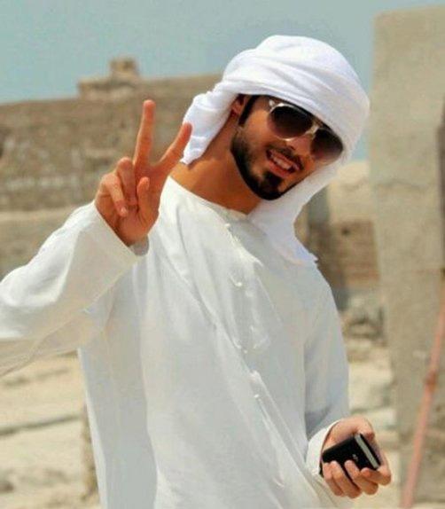 阿联酋男子因为太帅然后被驱逐出境 阿联酋男子资料