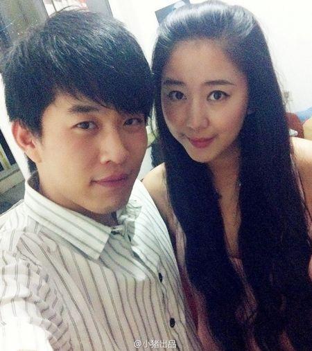 官晶晶朱峰结婚了吗   他们是非诚勿扰舞台上为数不多结婚的情侣