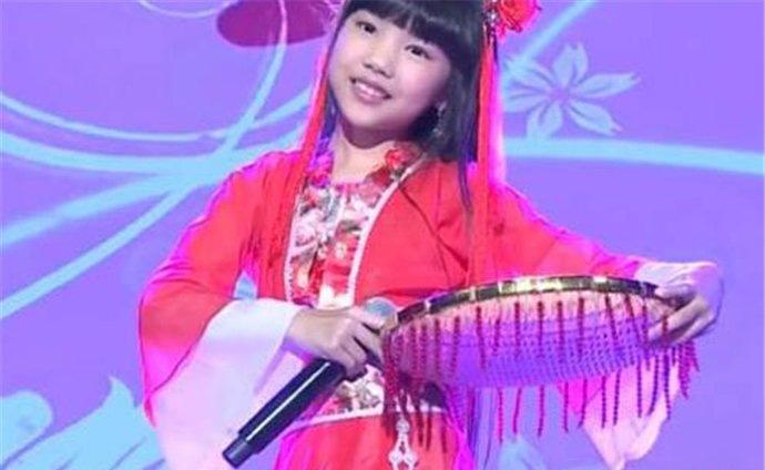 码头姑娘是谁唱的   刘芷融其实是一位小小的童星