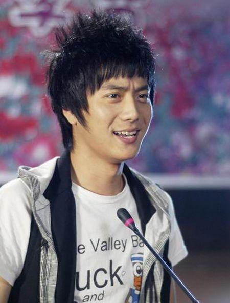 陈一娜男朋友陆虎个人资料    他最有名的剧是一起来看流星雨