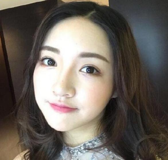 年Y友揭露China小涩瑶内幕