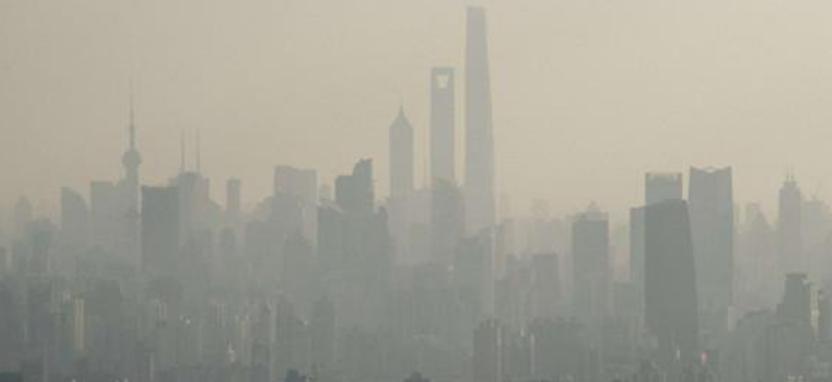 柴静自掏百万拍雾霾纪录片    讲解了雾霾的危害产生原因治理困难等问题