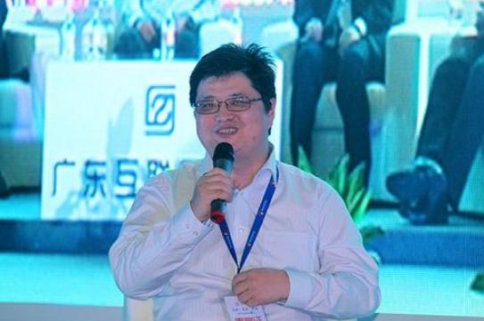 yy公司总裁李学凌简介    圆脸福相大眼有神