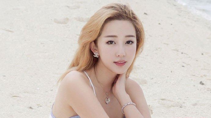 出走的小妤高梦妤的资料背景 曾被拍到与胜利进出夜店而引热议