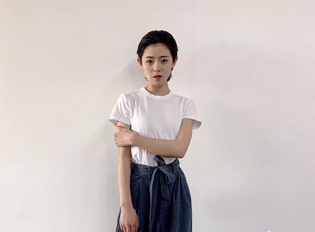 叶公子疑似公司曝光     她曾被大家称为全快手最帅的女人