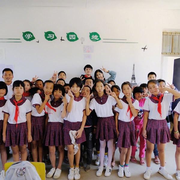 若风捐建第二所希望小学落成啦   这才是网红该作的事情