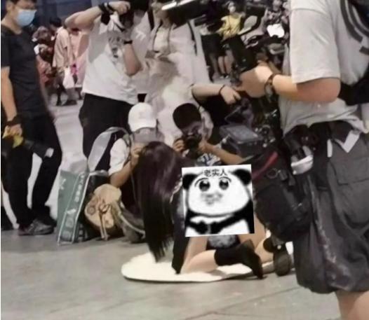 上海漫展jk走光事件影响很不好  现在漫展圈子的女孩子们真的不好混