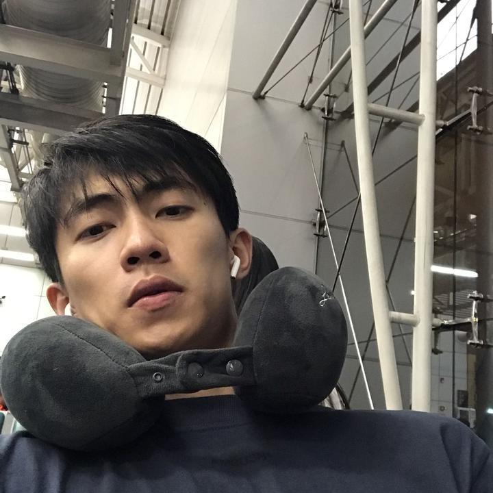 王子麒不是麟个人资料   虽然他有点呆萌但更多的是型男的风格