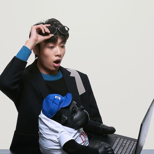 中国boy超级大猩猩是哪个大学的     他是B站为数不多的两百万分U主