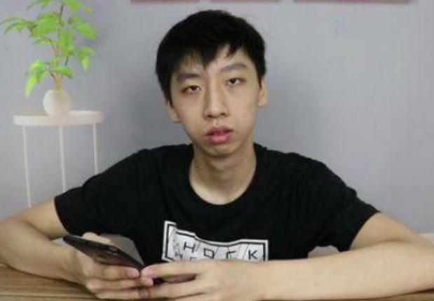 记录生活的蛋黄派原名 网友指出他有抄袭模仿的嫌疑