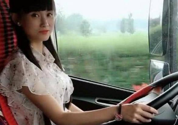 卡车女司机姚姚个人资料 她是真开大卡车还是作秀