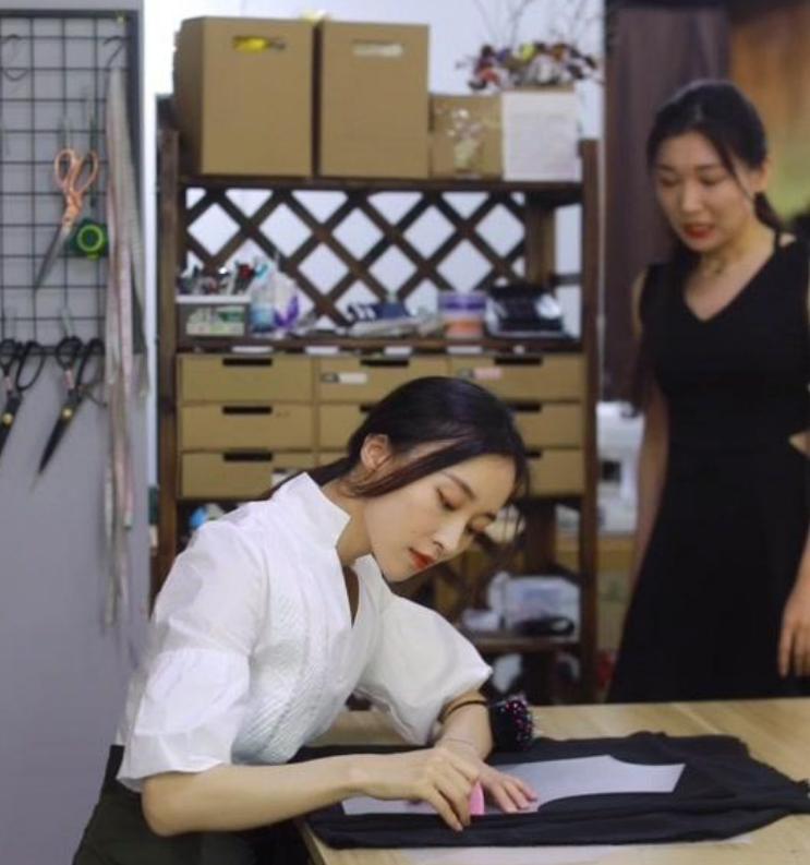 灰姑娘的裁缝铺是真的存在吗   每个女生都值得拥有漂亮的裙子