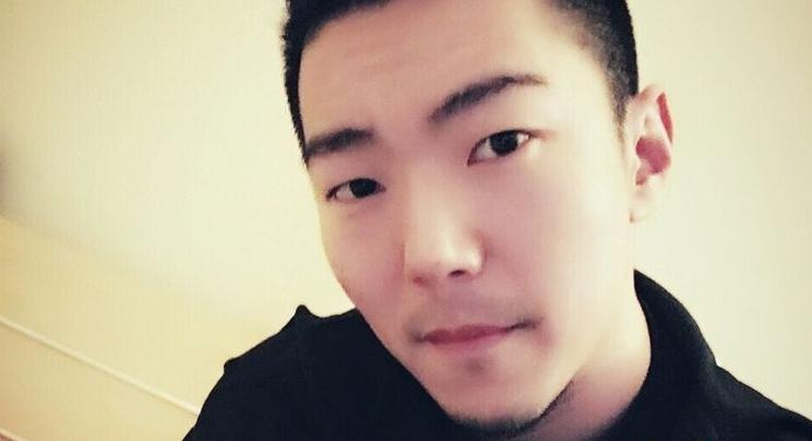 JSA丶北京小王哥年龄资料简介   王性格豪爽十分健谈