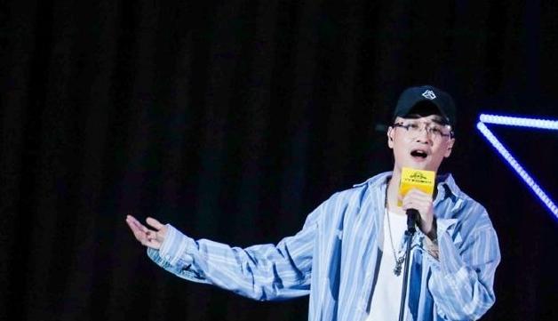 九局年龄资料简介 他是中国第一批mc职业主播影响力很大