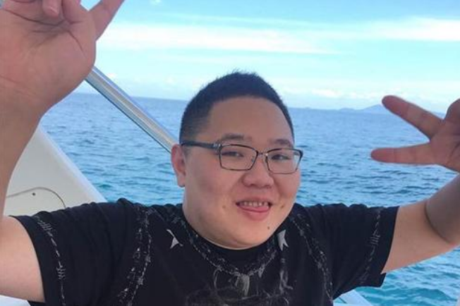PDD登上新京报     他被网友们称之为电竞教父
