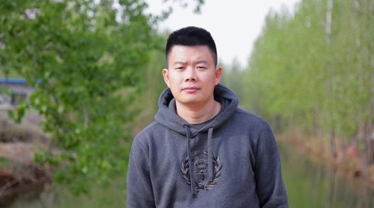 吴召国年龄资料简介     吴召国的打赏保守估计也有几千万