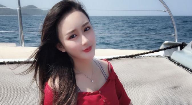 王文静年龄资料简介    她有一张标准的网红脸