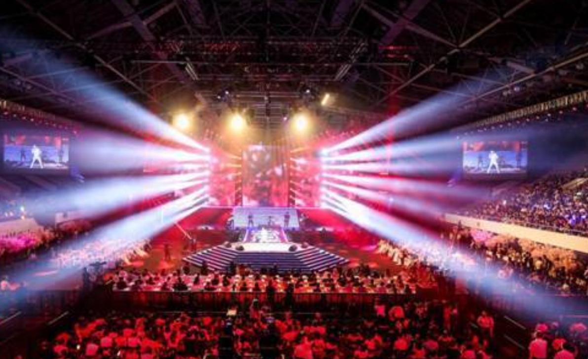 Sunlike参与了映客樱花女神选拔活动      拿出了155万做真正有意义的事情