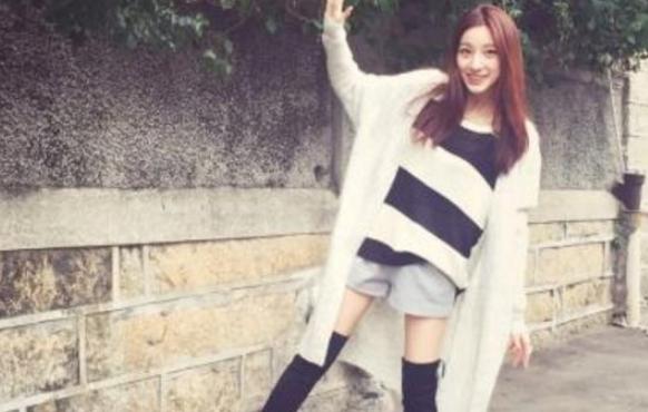 刘语熙足球队球衣捏奶门 刘语熙的粉丝自称是捏奶大团