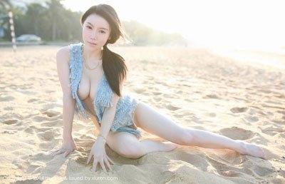 赵静伟无圣光三亚照   称号有让很多动画迷都着迷的身材