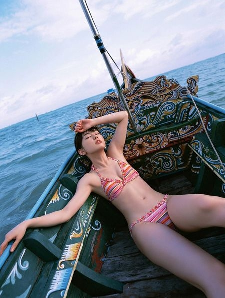 张筱雨所有魅惑图片   这样的人体艺术也是艺术并不是色情