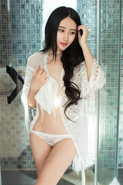 推女郎易阳与老外视频12分钟福利事件  易阳完胜干露露