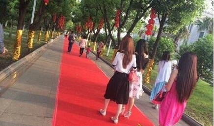 yy土豪梦想龙太子真实身份是谁   龙太子的婚礼非常的奢华